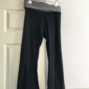 Hard Tail Yoga Capri Pants